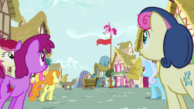 """File:Pinkie Pie """"does anypony have a toupee?"""" S02E18.png"""
