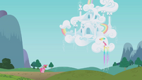 Pinkie outside Rainbow Dash's house S1E05