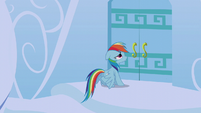Rainbow Dash at her front door S6E7