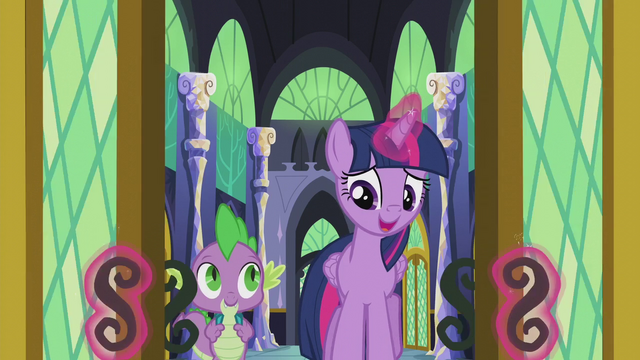 File:Twilight opening the throne room doors S5E25.png