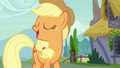 "Applejack ""they're crunchy, they're sweet"" S7E9.png"