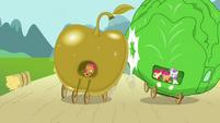 Babs barging into lettuce float S3E4