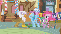Rainbow Dash confronts Gilda S1E05