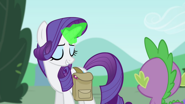 File:Rarity using magic S4E23.png