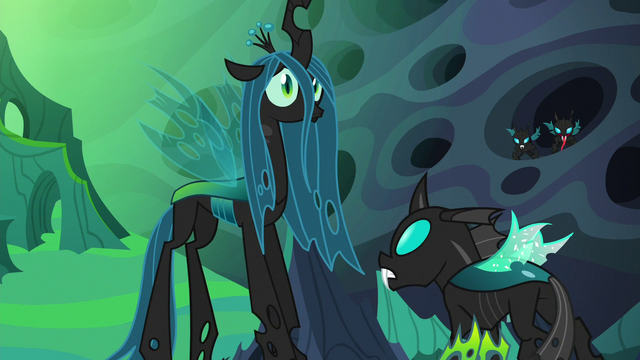 File:Chrysalis and Thorax hear a crunching sound S6E26.png
