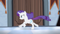 Rarity chasing the CMC S4E19.png