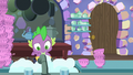 Spike washing teacups in the kitchen S7E2.png