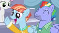 Bow and Windy enthralled by Scootaloo's story S7E7.png