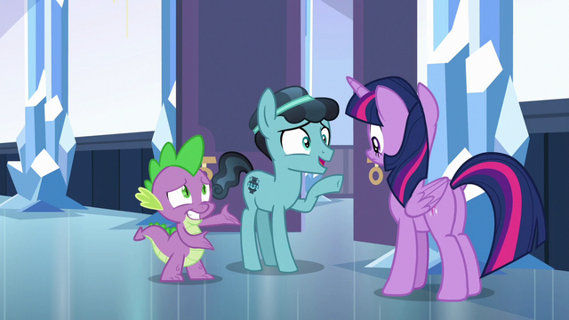 File:Crystal Hoof meets Princess Twilight Sparkle S6E16.png