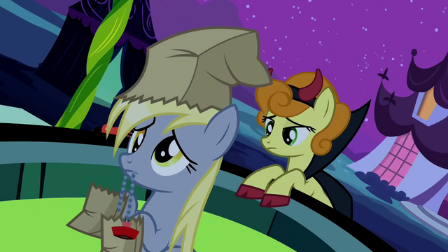 File:Derpy Plugpull S2E4.png