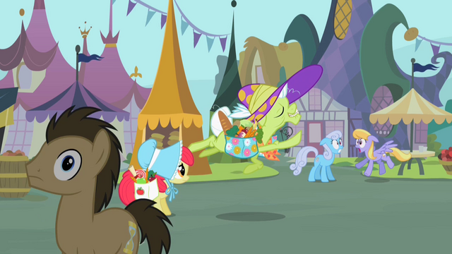 File:Granny Smith prancing around S2E12.png