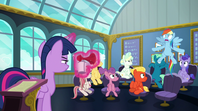 File:Rainbow Dash wakes up with a startle S6E24.png