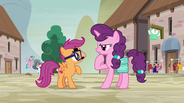 File:Sugar Belle trying to recognize Scootaloo S7E8.png