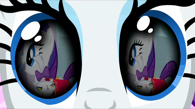 File:Opalescence in Rarity's flashback S3E13.png