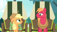 "Applejack ""okay on her own"" S4E17"