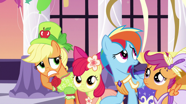 File:Applejack and friends feeling awkward S5E7.png