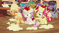 CMC covered in applesauce S4E15.png