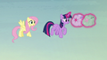 Fluttershy thanks Twilight for the help S5E23.png