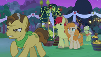 Grand Pear abandons his daughter S7E13