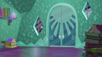 Sunburst's house entrance S6E2