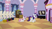 Sweetie Belle following Rarity S2E05