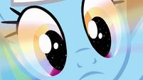 Rainbow glow in Dash's eyes S4E10