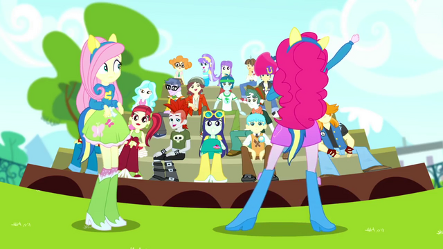 File:Pinkie Pie pumping up the crowd SS4.png