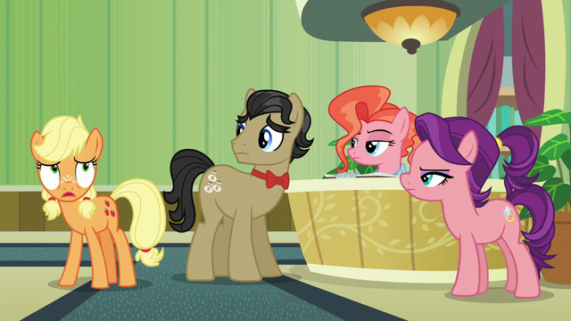 "File:Young Applejack ""I gotta find Big Mac!"" S6E23.png"