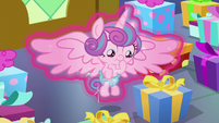 Flurry Heart looking at her many presents S7E3