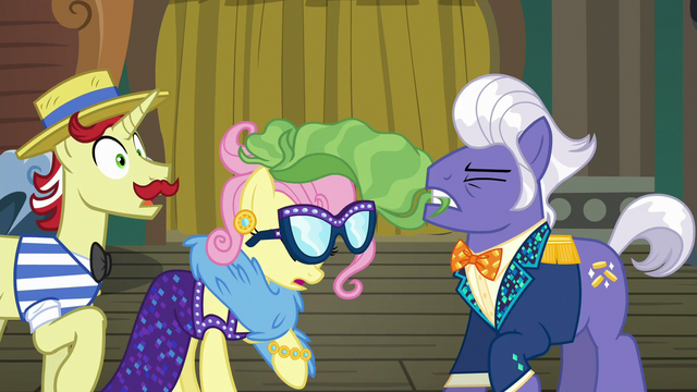File:Gladmane pulls off Fluttershy's disguise S6E20.png