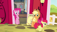 Apple Bloom trotting outside S4E09