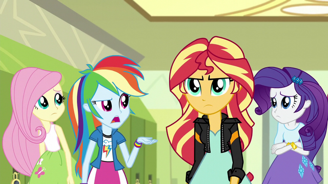 File:Sunset and friends in the hallway (new version) EG3.png