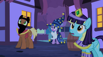 Twilight looking up 2 S2E04
