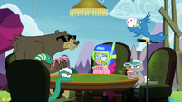 Pinkie Pie playing cards with animals S4E18
