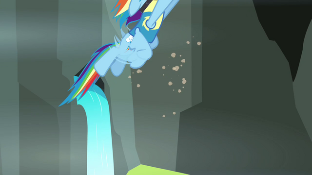 File:Rainbow flying up S3E07.png