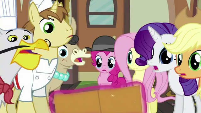 "File:Twilight Sparkle ""In the envelope"" S2E24.png"