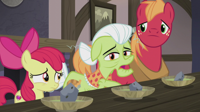 File:Granny Smith asks about six-layer bean dip S5E20.png