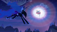 Nightmare Moon approaches Princess Celestia S4E02