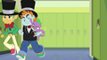 Snips and Snails running with kidnapped Spike EG.png