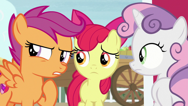 File:Scootaloo suspicious of Big Mac's behavior S7E8.png