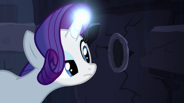 File:Rarity finds hole in the wall S4E03.png