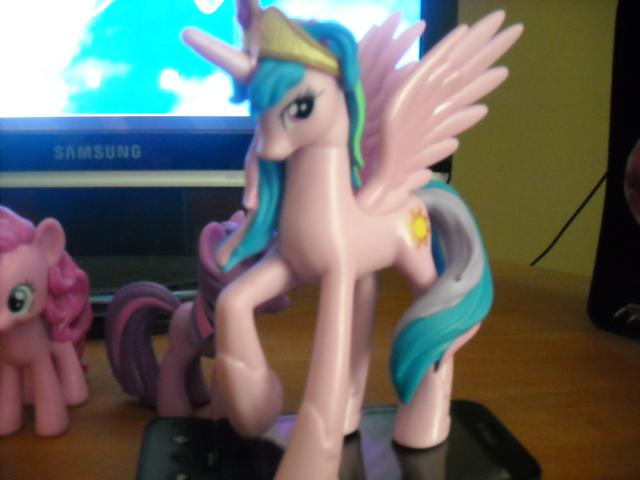 File:Celestia-pink.png
