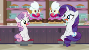Rarity eating giant ice cream sundaes S7E6.png