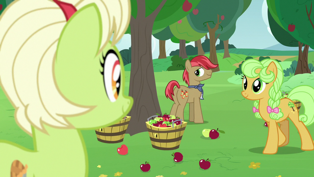 File:Granny, Goldie Delicious, and Apple family stallion S7E13.png