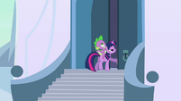 Twilight and Spike heading inside the castle S3E2