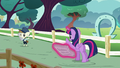 Twilight waves goodbye to Featherweight S5E19.png