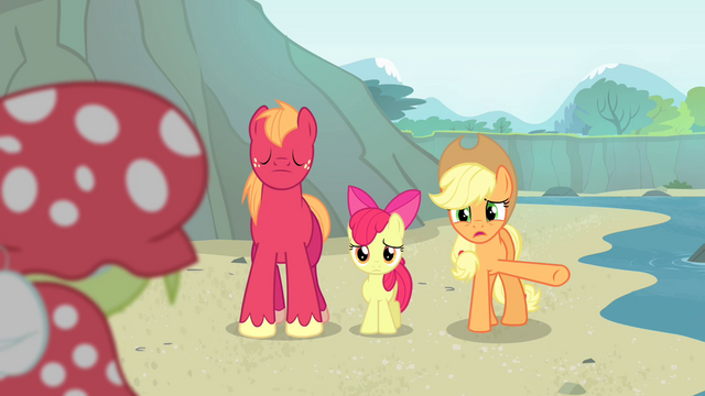 """File:Applejack """"that tonic really does anythin'"""" S4E20.png"""