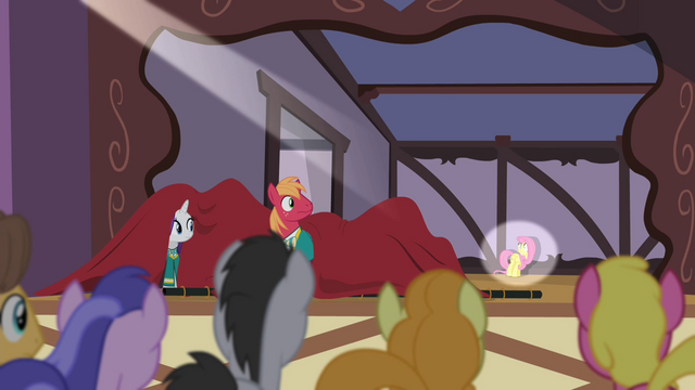 File:Fluttershy frozen in the spotlight S4E14.png