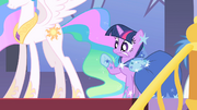 Twilight after shaking S1E26.png