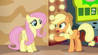 "Applejack ""trick him into telling the truth"" S6E20"